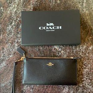 BLACK double zipper COACH wallet/wristlet